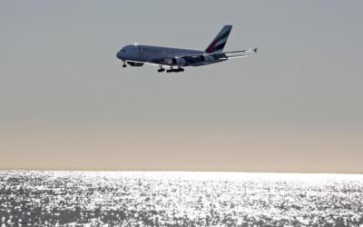 """КРАЈ НА """"А380"""" – НА """"ЕРБАС"""" НЕ МУ СЕ ИСПЛАТЕШЕ ОБЛОГОТ ОД 25 МИЛИЈАРДИ ДОЛАРИ"""